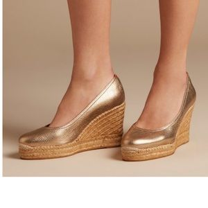 Penelope Chilvers Espadrille Wedge Gold Size 9